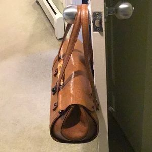 Gucci Bags - 2001 Gucci leather handbag from Italy